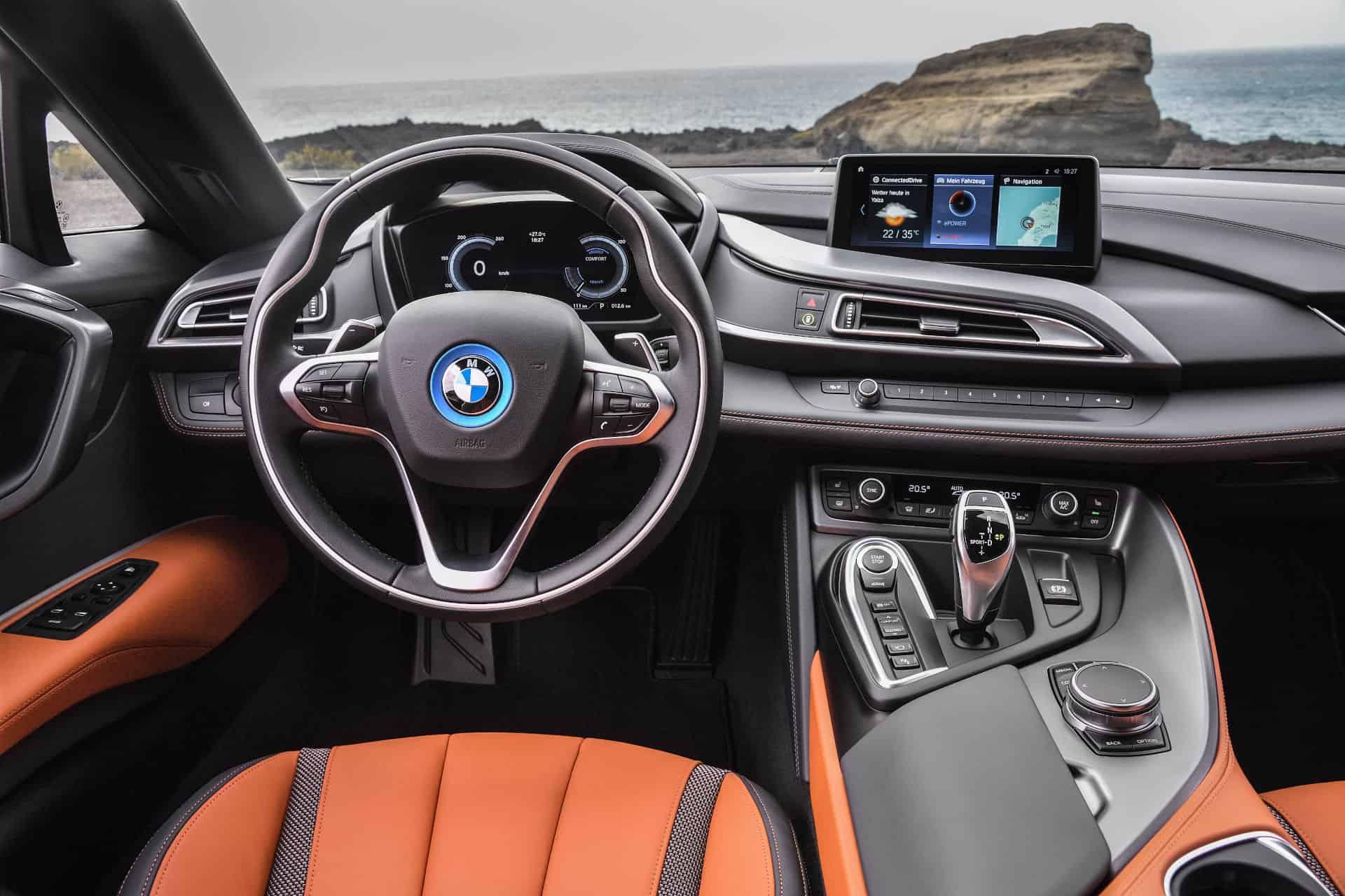 BMWi8 Roadster dashboard