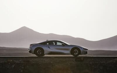 BMW'S NEW I8 ROADSTER: SAFE SEX WITH A SUPERMODEL