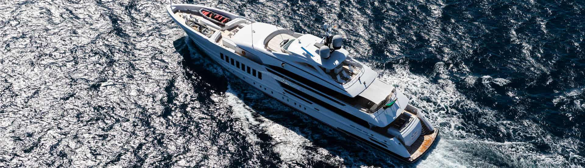 Vida Yacht - Jeff Brown photo