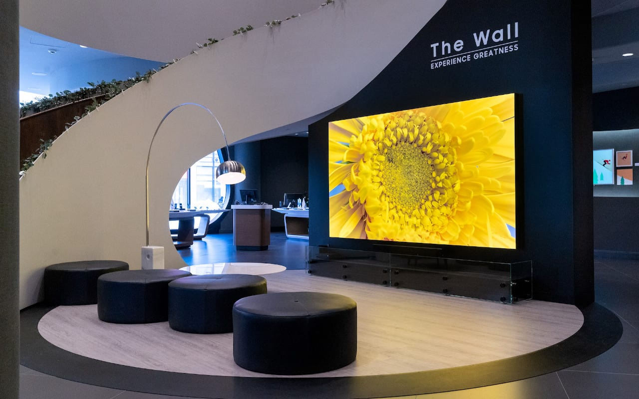 Samsung - The Wall