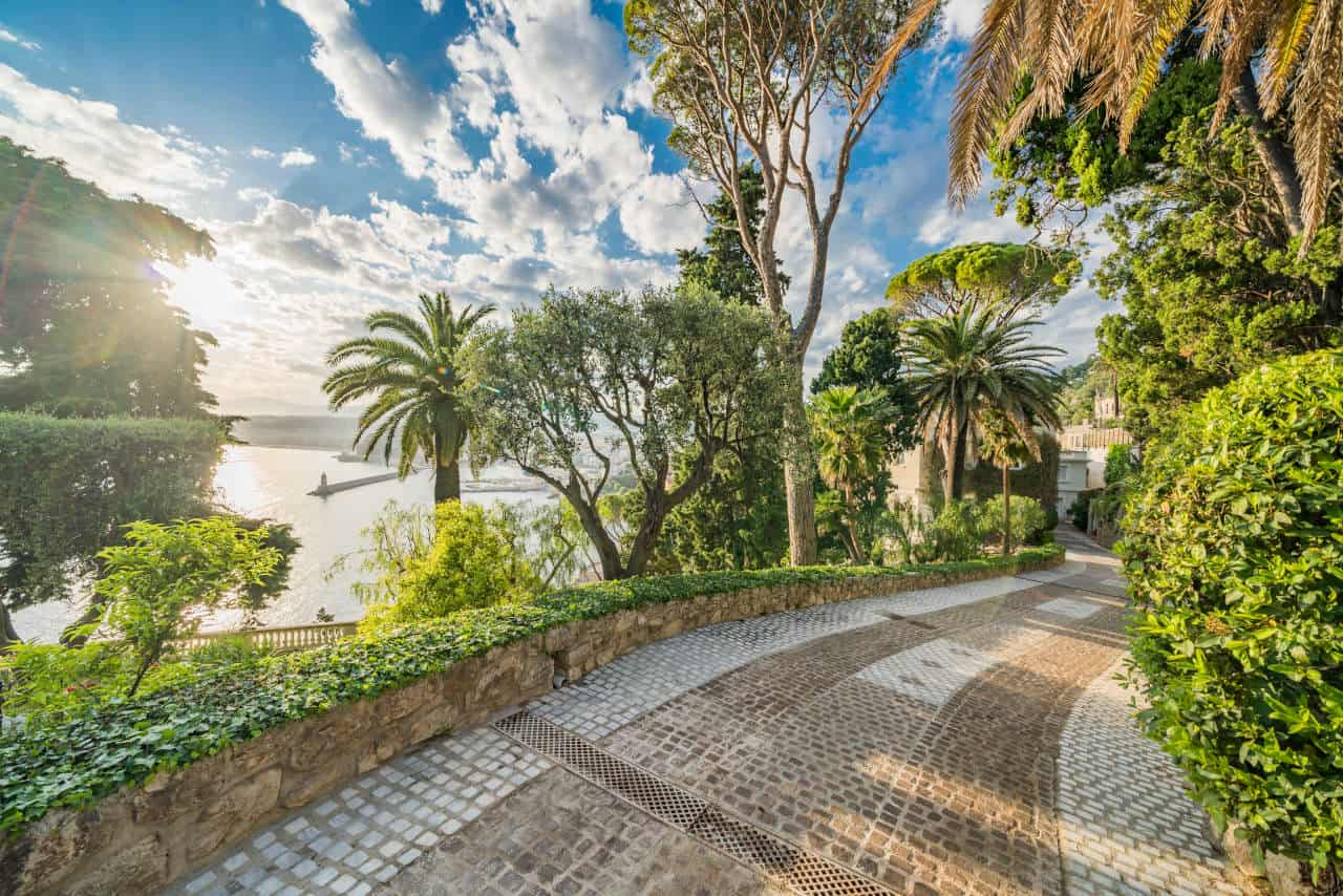 Driveway image up to Sean Connery's South of France home that is for sale