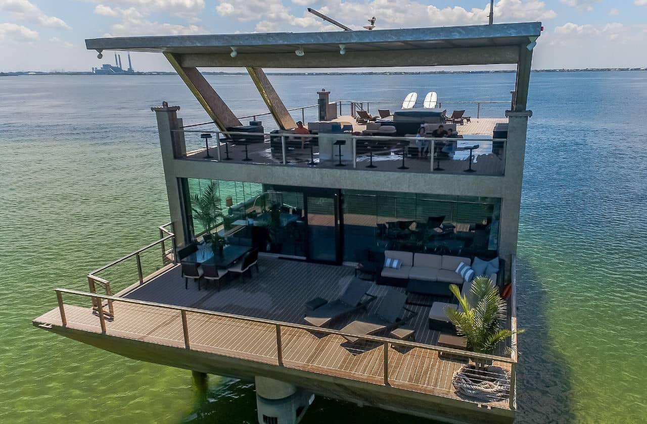 Mansion Yacht