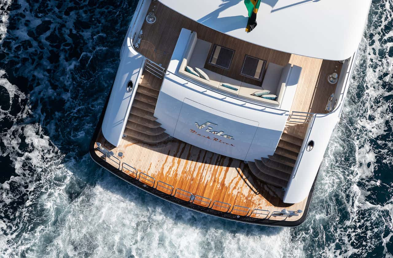 Vida yacht - Jeff Brown