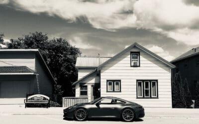 2020 PORSCHE 911 CARRERA 4S: A CLASSIC REAR ENGINE SPORTS CAR MEETS THE NEW, DIGITAL AGE