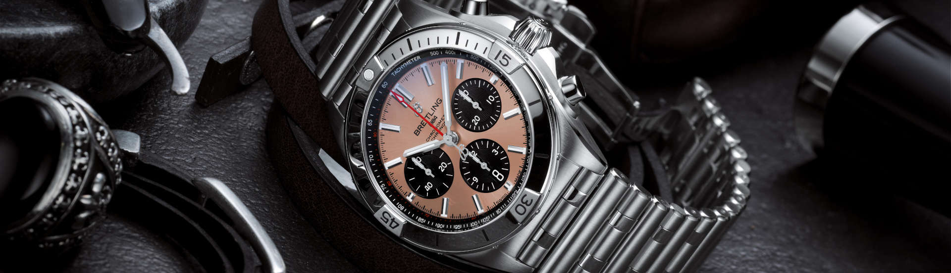 Watch_chronomat-b01-42-with-a-copper-colored-dial-and-black-contrasting-chronograph-counters