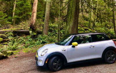 BMW MINI COOPER S ELECTRIC IS A DAZZLING COMMUTER