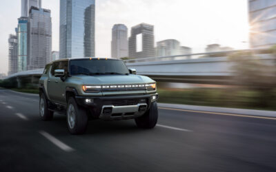 2024 GMC HUMMER EV MIGHT BE THE COOLEST SUV YET
