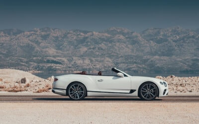 "BENTLEY CONTINENTAL GT CONVERTIBLE: ""CONTINENT CRUSHER"" FEATURING NEW-FOUND ATHLETICISM"