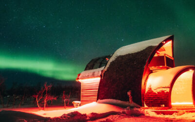 LUX POST: GLASS-ROOFED IGLOO TO VIEW THE AURORA BOREALIS; WORLD'S TOP LUXURY HOTEL BRAND; SPORTS BETTING